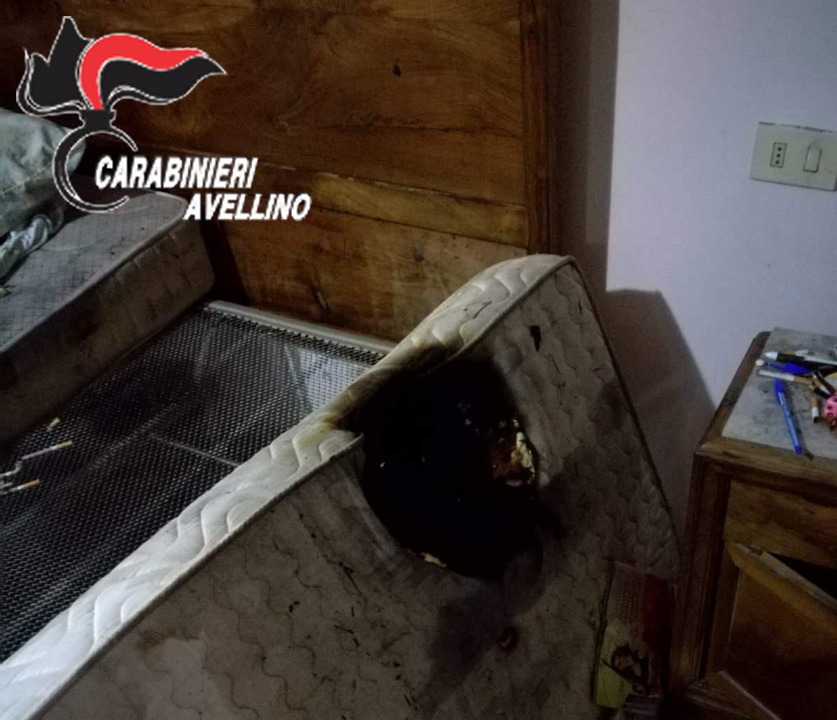 S.Andrea di Conza| Mozzicone di sigaretta incendia il letto, anziana salvata in extremis