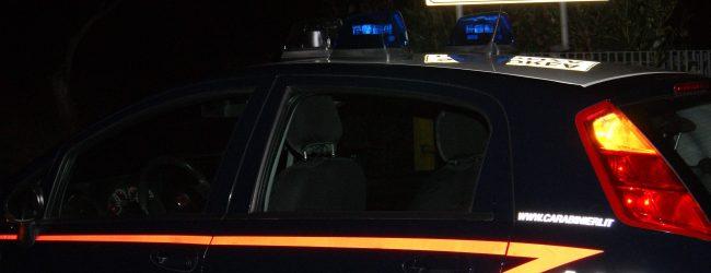 Armi modificate, proiettili e polvere da sparo in casa: arrestato 60enne di Conza della Campania