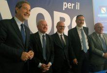 """Piano di Lavoro, governatore De Luca: """"una battaglia per il lavoro"""""""
