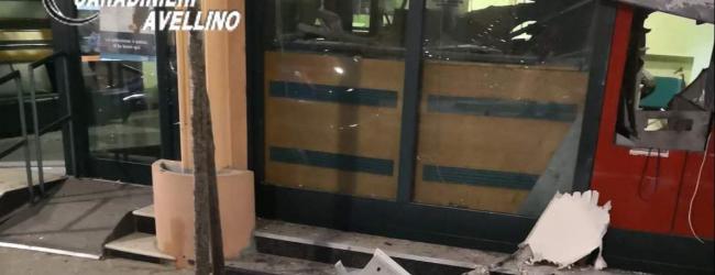 Casalbore Esplosivo nel bancomat del Credito Cooperativo, ladri in fuga col bottino