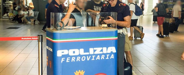 Benevento  Flash mob Polizia, controlli simultanei nelle stazioni della Campania