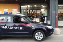 Mirabella Eclano| Ruba costosi capi di abbigliamento in un negozio, nei guai giovane serbo