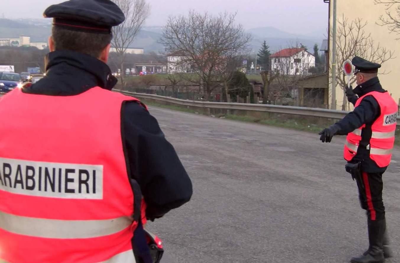 Sturno| Dichiara falsamente ai carabinieri di essere della Polstrada, nei guai un 40enne