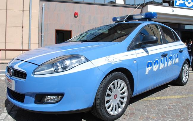 Risultati immagini per macchina polizia