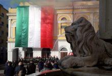 Benevento  Piazza Santa Sofia e i colori dei Vigili del Fuoco