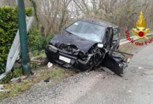 Prata Principato Ultra| Con l'auto contro un lampion, 71enne in ospedale