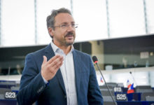 """No triv declinano invito del Ministro Costa, Pedicini: """"Atteggiamento incomprensibile"""""""