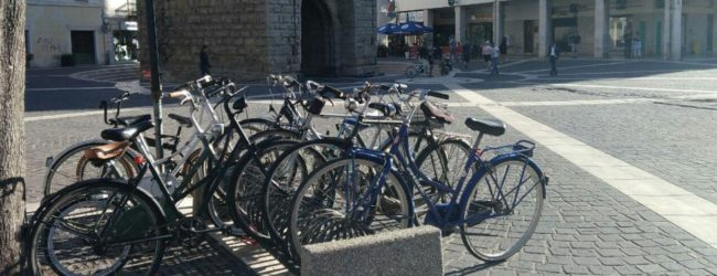 Codice della strada, in arrivo novità per ciclisti e motociclisti