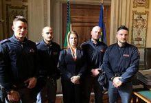 Zungoli|Con 3 colleghi poliziotto irpino salva 6 persone da un incendio, Sibilia: gesto eroico