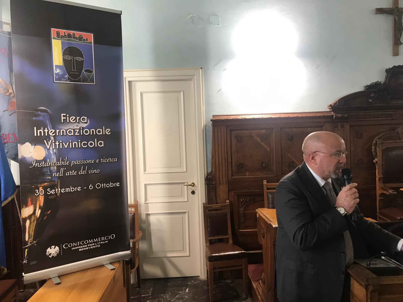 """Benevento  """"Sannio Falanghina 2019"""", la proposta di Confcommercio: trasformare la Caserma Pipicelli in una Fiera Internazionale"""