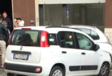 Avellino| Incidente in via Pescatori, una Fiat Panda finisce contro una Nissan Micra parcheggiata: contusa la conducente