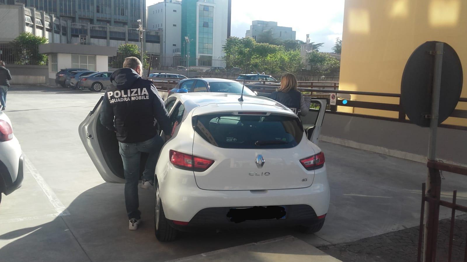 Benevento| Tenta di strangolare la moglie, in carcere 56enne beneventano