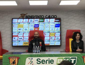 """Benevento, Bucchi: """"Non c'è nulla da esultare, dobbiamo giocare per vincere"""""""
