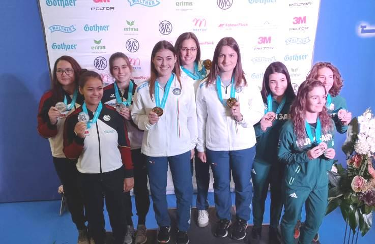Benevento| Da Napoli alla Germania: Maria Varricchio conquista l'oro nella gara a squadre in Coppa del Mondo
