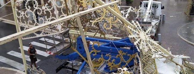 Nubifragio in Irpinia. Molti i danni. A Grottaminarda crollano le luminarie