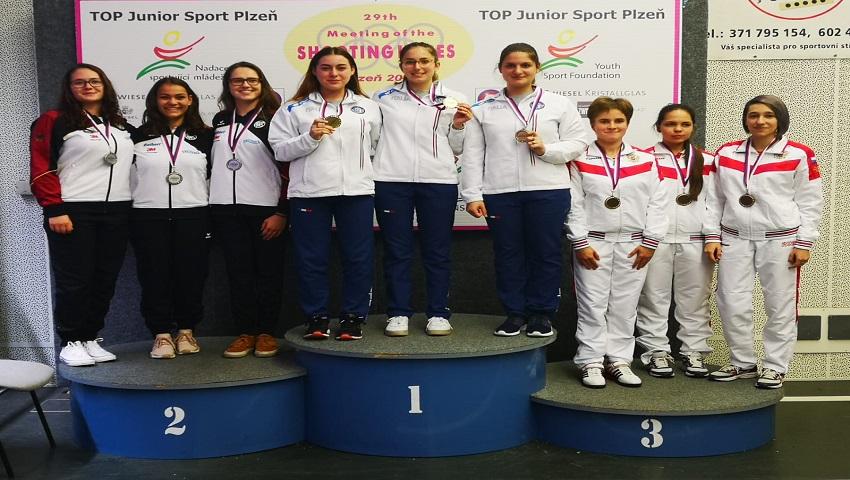 Tiro a segno| Implacabile Maria Varricchio: oro e argento in una competizione internazionale juniores