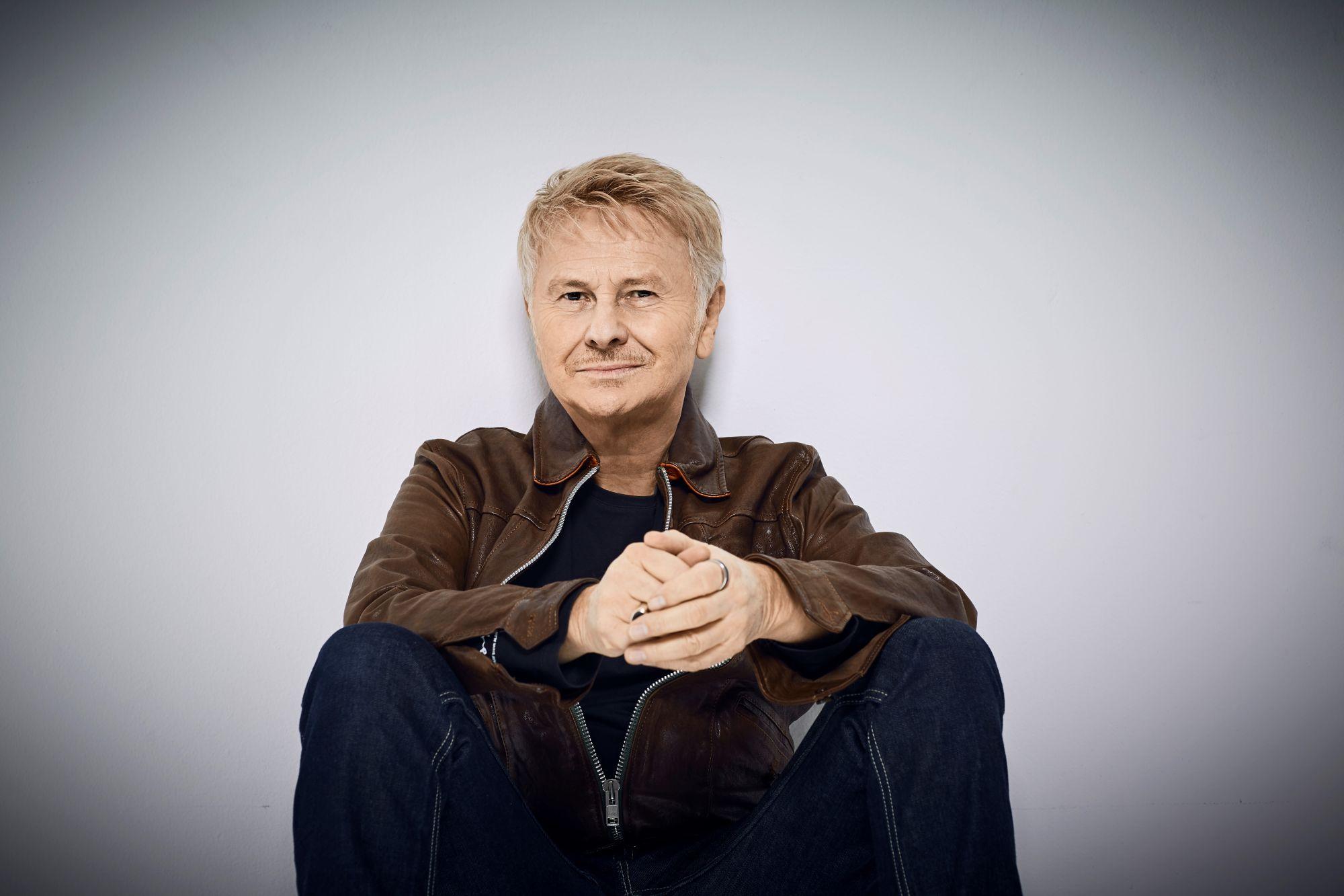 """Ron in concerto a Nusco: """"Lucio!! Il Tour"""" fa tappa in Irpinia l'omaggio live a Dalla"""