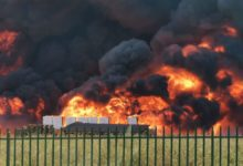 Avellino  Primi divieti dopo l'incendio Ics, l'Asl: no al consumo di vegetali, latte e uova