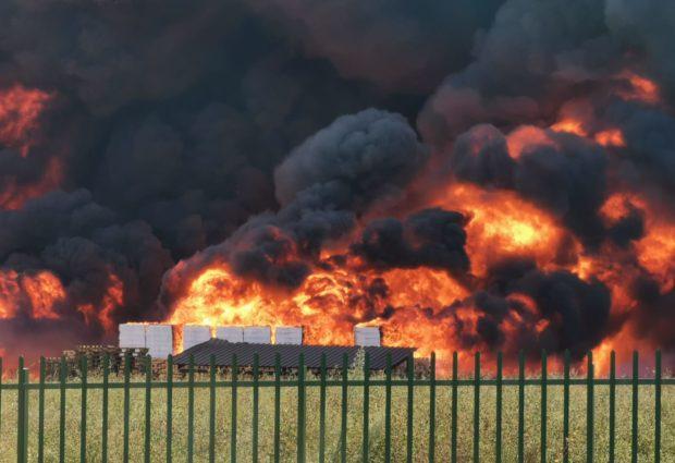 Avellino| Primi divieti dopo l'incendio Ics, l'Asl: no al consumo di vegetali, latte e uova