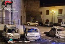 Montemiletto| Tre auto in fiamme nella notte, paura in Piazza Umberto I