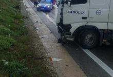 Benevento  Raccordo autostradale: perde  controllo del suo tir, ferito camionista