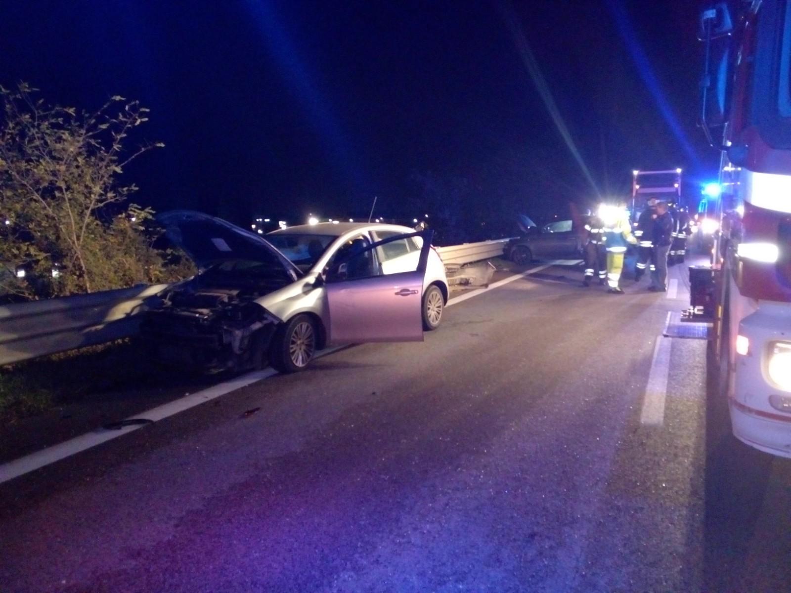 Incidente sul raccordo Benevento A16: due feriti