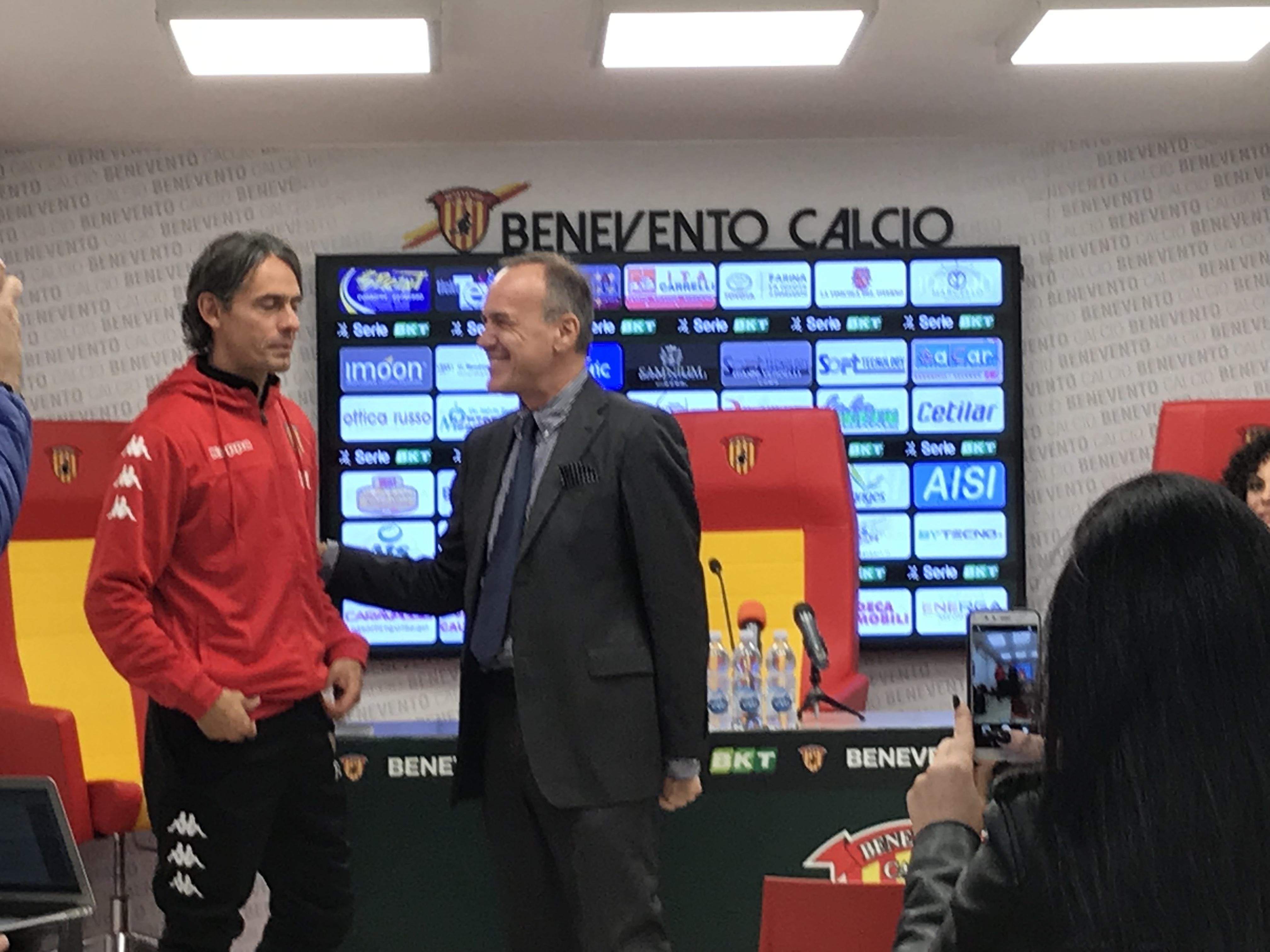 Benevento, il saluto tra Balata ed Inzaghi