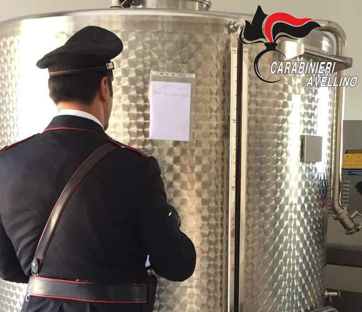 Ospedaletto D'Alpinolo| Dà fuoco alla vinaccia e conserva vino senza tracciabilità, denunciato titolare azienda. Bloccati 400 quintali di vino