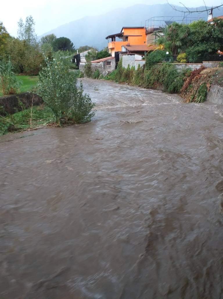 Avellino| Esondato il Fenestrelle, disagi in città e transito veicolare interrotto verso Atripalda