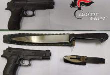 Per il corso di Avellino con una pistola giocattolo, paura tra i passanti: fermato 50enne