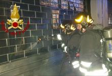 Monteforte Irpino| In fiamme l'ingresso di un negozio di detersivi, indagano i carabinieri