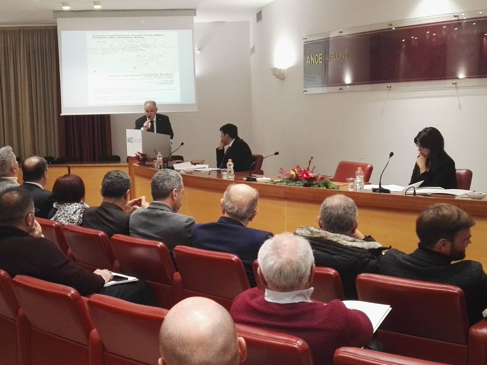 Avellino| Piano piccoli cantieri, l'Ance: 6 milioni e mezzo di euro per mettere in sicurezza scuole, edifici e strade