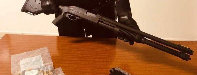 Grottaminarda  Spara dal balcone con un fucile per festeggiare capodanno e posta il video sui social, denunciato