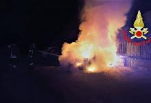 Avellino| Tre auto in fiamme nella notte, paura tra i residenti di via Tedesco e via Giovanni Battista