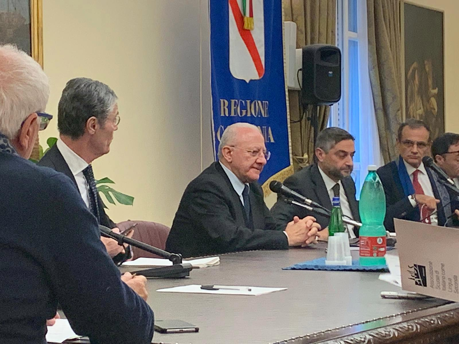 Covid-19, ecco l'ordinanza della Regione Campania:divieto di uscire di casa fino al 14 Aprile