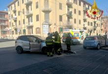 Avellino  Scontro tra due auto a piazza Perugini, due le persone rimaste ferite