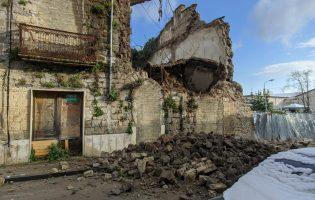 San Giorgio del Sannio| Crolla vecchio edificio nei pressi di piazza Immacolata/FOTO