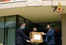 Avellino| Sibilia e Gubitosa donano 6000 mascherine a forze dell'ordine, Rsa, Caritas e Croce Rossa