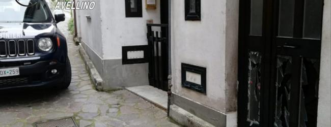 Aiello del sabato  Petardo esplode davanti all'ingresso di un'abitazione, paura nella notte in via Cesarini
