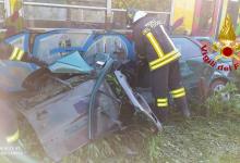 Avella| Treno travolge auto, 64enne estratto dalle lamiere contorte e portato all'ospedale di Nola