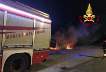 Avellino| Auto in fiamme, vigili del fuoco in azione/FOTO E VIDEO