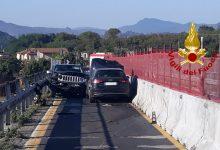 Avellino| Un uomo di 30 anni provoca 4 incidenti, abbandona l'auto e fugge a piedi
