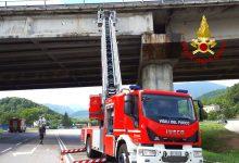 Calcinacci dal viadotto, chiusa la strada tra Montella e Paternopoli