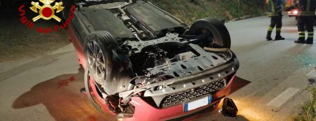 Bonito| Incidente sulla strada provinciale 106, auto si ribalta: intervento dei vigili del fuoco