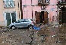 Monteforte come Sarno, per le famiglie evacuate brandine e centri di accoglienza di fortuna. Domani scuole chiuse