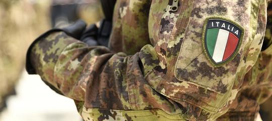 Covid-19, il Ministro dell'Interno Lamorgese invia 100 militari in Campania