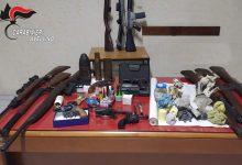 San Michele di Serino| Bomba carta davanti al bar, due arresti e sequestro di armi ed esplosivi