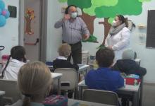 Scuole, si torna in classe: genitori divisi. Scioperano alcune classi delle superiori