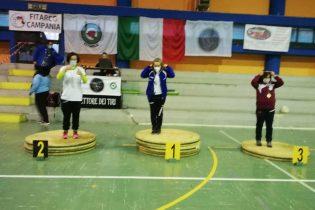 """Tiro con l'arco """"nudo"""": ai campionati regionali vince l'irpina Merullo"""