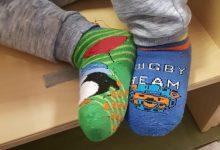 """Giornata dei """"calzini spaiati"""",l'iniziativa che celebra la diversità"""